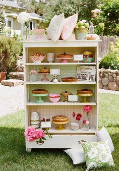 Domis London: Little Girls - Garden Party - Birthday Theme Buffet Original, Furniture Makeover, Diy Furniture, Elle Decor, Wedding Decor, Wedding Cake, Table Wedding, Chic Wedding, Spring Wedding