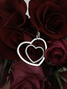 Who is in your heart? #PANDORApendant #heart #love #PANDORAnecklace #roses