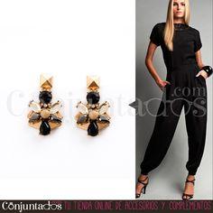 Los pendientes Laurel, la mejor manera de ir elegante, moderna y sencilla con un único complemento ★ Precio: 11,95 € en http://www.conjuntados.com/es/pendientes-laurel-de-cristales.html ★ #novedades #earrings #conjuntados #conjuntada #joyitas #jewelry #bisutería #bijoux #accesorios #complementos #moda #fashion #fashionadicct #picoftheday #outfit #estilo #style #GustosParaTodas #ParaTodosLosGustos