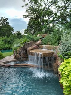 If you want a backyard pool, but don't want to spend tens of thousands of dollars installing it, then a natural swimming pool is the way to go. Backyard Pool Landscaping, Swimming Pools Backyard, Ponds Backyard, Swimming Pool Designs, Garden Pool, Landscaping Ideas, Backyard Water Feature, Water Falls Backyard, Water Falls Garden