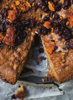 New recipe bookBondi Harvestis filled with simple, summery recipes that are as fuss-free as possible, without compromising on taste. Authors Guy Turland and Mark Alston claim this one-potcake is