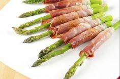 Involtini di prosciutto crudo con gli asparagi