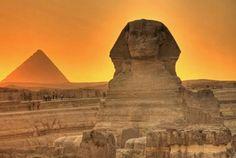 Tour a las piramides de Guiza y visita de tour de espectaculo de luz y sonido en…