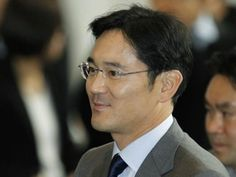 Samsung heir Jay Lee was arrested in Seoul on Friday morning for bribery, embezzlement, and perjury. Jay Lee, Billionaire, Tech News, South Korea, Techno, Boss, Samsung, This Or That Questions, World
