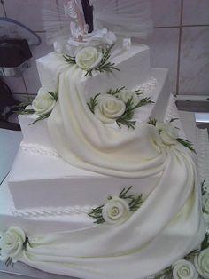 Svadbene torte i kolači - romansa-vjencanja.com