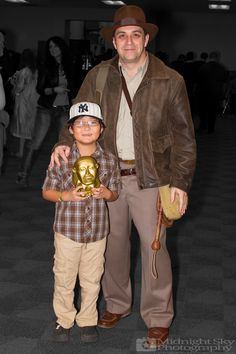 #ShortRound and #IndianaJones #Cosplay from #SteelCityCon #ComicCon ----- Check out more of my photography @ http://www.facebook.com/MidnightSkyPhotography (Link in Profile) ----- #MidnightSkyPhotography #MidSkyPhoto