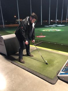 We had a team night at Top Golf! Thanks for the fun evening! 🏌️