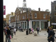Market House, Uxbridge, by Tom Berry. The Quakers raised enough money by public subscription to be able to rebuild their Meeting House, and the town thought they would do the same for the rebuilding of the Market House. When they failed to raise enough money by public subscription, the Quakers lent them the money for the rebuilding of the Market House. One of the Quakers also ran a school in the upper level of the Market House for a time. English Village, Castle House, Lent, Berry, Public, Street View, Island, London, Money