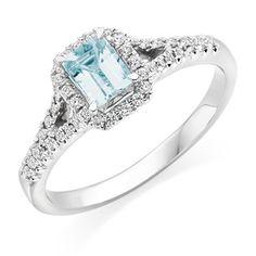 18ct White Gold Diamond and Aquamarine Ring