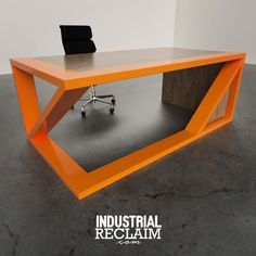 "49 Me gusta, 1 comentarios - IndustrialReclaim.com (@industrialreclaim) en Instagram: ""Angular Gravity Desk. Metal & Maple. IndustrialReclaim.com #gravity #minimal #angles…"""
