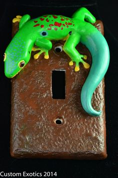Polymer clay Peacock Day Gecko Light switch plate, hand painted, Reptile, lizard, animal.