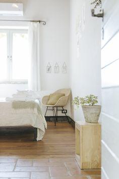 English — Le Mole sul Farfa Le Mole, Rooms, English, Furniture, Home Decor, Bedrooms, Decoration Home, Room Decor, Home Furnishings