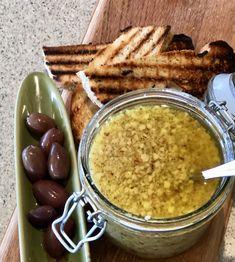 Simple Parmesan Salsa Pecorino Cheese, Fresh Bread, Brunches, Ciabatta, My Recipes, Parmesan, Food Processor Recipes, Good Food