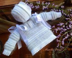 Laetiquetadelana Tutoriales Baby Clothes Patterns, Baby Knitting Patterns, Baby Patterns, Arm Knitting, Knitting For Kids, Crochet For Kids, Knitting Accessories, Baby Accessories, Baby Barn