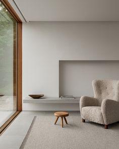 Minimalist Interior, Minimalist Living, Minimalist Decor, Minimalist Room Design, Scandinavian Modern Interior, Simple Interior, Modern Minimalist, Modern Classic, Modern Rustic