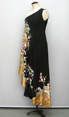 Kimono Outfit, Kimono Fashion, Fashion Dresses, Japanese Textiles, Japanese Kimono, Paint Shirts, Kimono Fabric, Recycled Fashion, Minimal Fashion