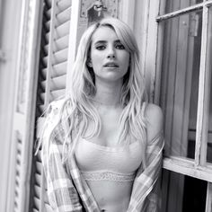 One more unretouched beauty. Emma Roberts is #AerieREAL.