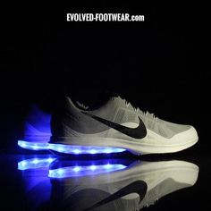 official photos c2bbb abe08 MEN S GRAY NIKE AIR MAX DYNASTY WITH LED LIGHTS Grey Nikes, Light Up Shoes,