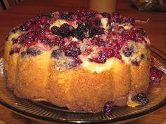 Yum... I'd Pinch That! | Vanilla Blackberry Cake