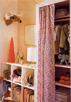 love this curtained closet