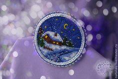 Купить или заказать Брошь 'Зимняя сказка' в интернет-магазине на Ярмарке Мастеров. Тихая звездная ночь, луна , пушистый снег, тихо-тихо вокруг, время снов и сказок... Миниатюрный пейзаж по эскизу Aslynn Foreignet. Возможно изгото…