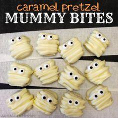 Caramel Pretzel Mummy Bites #Halloween #Mummy