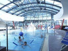 Skiurlaub in Österreich; die besten Wellness Hotels in Österreich Holiday Service, Aqua, Hotels, Heart Of Europe, Hot Springs, Dom, Austria, Skiing, Wellness