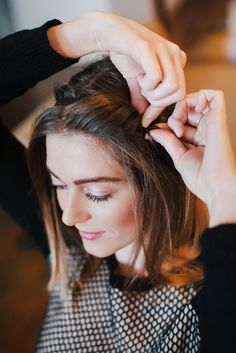 3 easy holiday hairstyles that are ladylike and festive