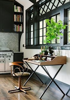 We love the cost-effectiveness of black trim: Without changing a single furnishing, you can get a much more modern space.