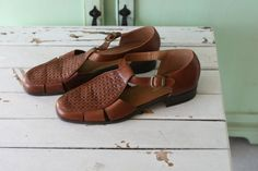 Vintage BOHO LEATHER Brown Flats..size 10 by retroandme on Etsy