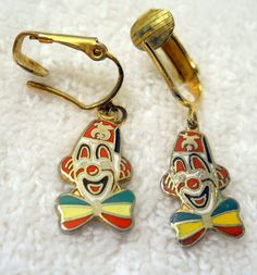 Items for sale by oceanbeachtreasures Antique Jewelry, Vintage Jewelry, Circus Clown, Clowning Around, Creepy Clown, Red Green Yellow, Lucky Charm, Kendall, Vintage Antiques