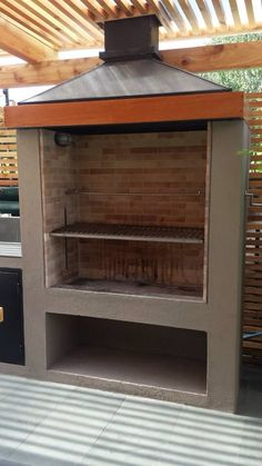 Parrilla Outdoor Grill Area, Outdoor Barbeque, Outdoor Kitchen Patio, Barbecue Design, Grill Design, Garden Bbq Ideas, Bbq Chimney, Parrilla Exterior, Brick Grill
