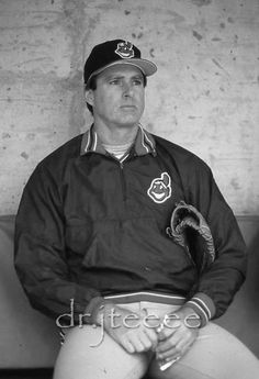 Steve Carlton Baseball Photos, Baseball Shirts, Mlb Players, Baseball Players, Cleveland Indians Baseball, Famous Sports, Sports Celebrities, Sports Figures, Sports Stars