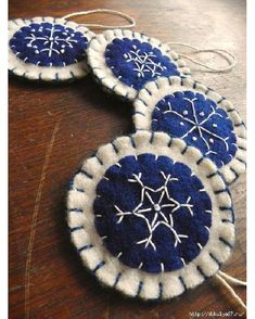 Snow flake ornaments.