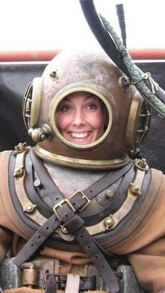 Really Hot ! Scuba Diving Pictures, Scuba Diving Quotes, Underwater Quotes, Diving Springboard, Diving Wetsuits, Deep Sea Diver, Diving Helmet, Dive Mask, Scuba Girl