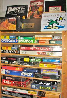 Two-player-games-in-storeroom-09.jpg 440×640 piksel