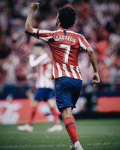 First La Liga goal for Joao Felix. World Football, Football Players, Football Stuff, Sports Jersey Design, At Madrid, Soccer Stars, Gemini, Superstar, Sexy Men