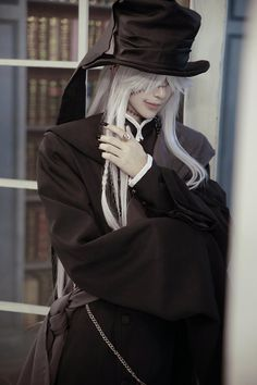 Check out these Best Anime Cosplay costume at this Expo. Black Butler Cosplay, Black Butler Anime, Cosplay Boy, Cosplay Anime, Cosplay Outfits, Anime Costumes, Cosplay Costumes, Anime Festival, Undertaker Cosplay