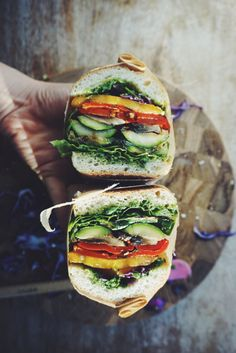 http://lherbemuse.tumblr.com/post/133487574482/french-baguette-with-grilled-veggies-and-cilantro