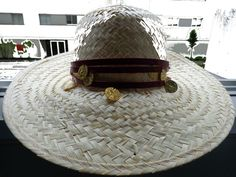 https://www.facebook.com/ccrazyacessorios  Aplicação de chapéu Application for hat