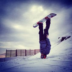 headstand snowboard style#snowboardlove can't wait to be back out on the snow!