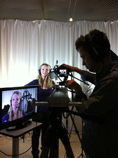 Iris - bekannt als Lilly von #GZSZ bei uns im Studio! Song und Lyrics by #POWERVOICE Production. Das letzte mal war sie mit 13 Jahren da :-) Eine fantastische Sängerin und überhaupt nicht die schüchterne wie man sie aus dem #TV kennt :-) Great Job!