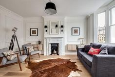 8 Ways to Add The Wow Factor To Your Living Room – F&G