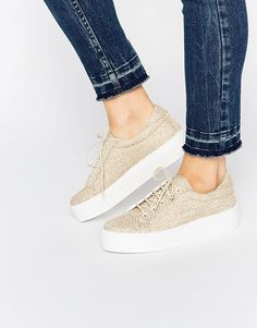 These stylish shoes will make our feet fancy AF  shoes  fashion Flatform  Trainers 1796eab1865