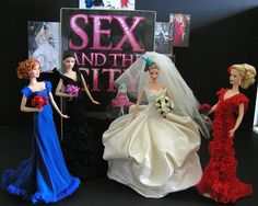 (not for a doll house, just unbelievably beautiful) Sex and the City wedding scene. ooak barbies by Barbie Blog, Barbie I, Barbie World, Barbie And Ken, Barbie Style, Wedding Doll, Barbie Wedding, Carrie Bradshaw, Barbie Celebrity