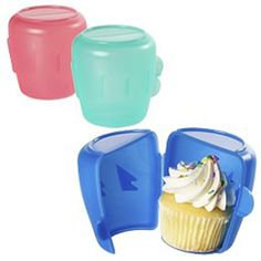 Cupcake Tupperware-Simple But Genius Ideas Cupcake In A Cup, Cupcake Cakes, Gigi's Cupcakes, Porta Cupcake, Cupcake Container, Cupcake Carrier, Diy Accessoires, Cool Inventions, Kitchen Gadgets