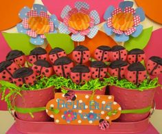 Another one of Bella's party pinned!! Ladybug Oreos