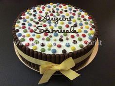 Torta Togo e Smarties   http://www.latavolozzadeisapori.it/ricette/torta-togo-e-smarties