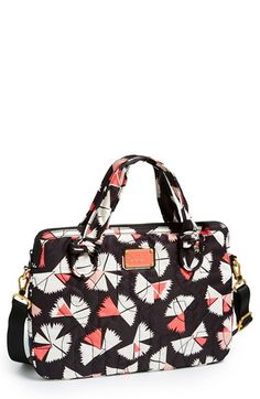 Such a pretty new Marc Jacobs pattern this spring. Awesome laptop bag.