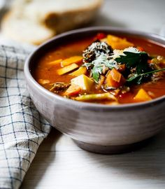 Everyone needs a good, easy vegetable soup recipe in their repertoire for days when you need healthy comfort food in minutes. Vegetable Soup Healthy, Vegetable Soup Recipes, Healthy Vegetables, Healthy Soup, Healthy Foods To Eat, Healthy Snacks, Healthy Pizza, Healthy Cake, Healthy Recipe Videos